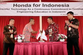 Honda Prospect dan SMKN 1 Cariu Kembangkan SDM